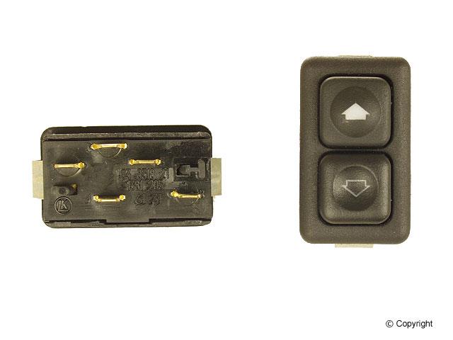 BMW (E24 E28 E30) / スイッチ (照明付き) / 61311381205 / BMW純正