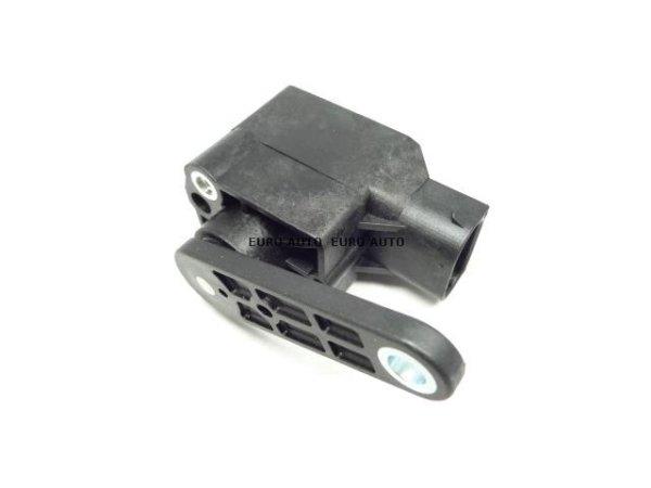 画像1: BMW (E60 E87 E90) / ヘッドライト ハイトレベルセンサー 光軸センサー / 37146784696 / Febi (1)
