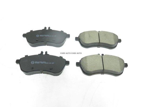 画像1: ベンツ (W204 W212 C207 R172)/ フロント ブレーキパッド セット / 0074205520 / LPR (1)