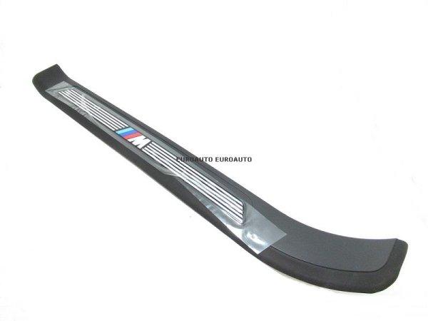 画像1: BMW (E39) / フロントドアスカッフプレート エントランスモール 左 Mスポーツパッケージ ブラック / 51472695661 / BMW純正 (1)